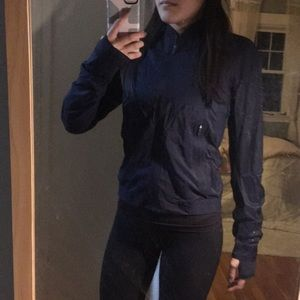 Lululemon brand new windbreaker